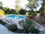 piscine ,jardin paysagé