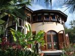 Secluded, romantic hillside villa, stunning views