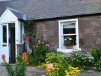 Camlann Cottage, tucked away in the heart of Old Alyth
