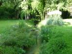 La propriété traversée par le ruisseau (Enéa) Eté 2015