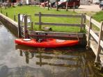 Great base for kayaking - just under 2 hours paddling from the cottage to the pubs in Coltishall.