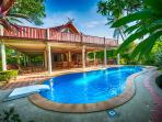 Luxurious Villa with private pool at Ban Po beach