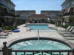 Beautiful Pool, Hot Tub and Kiddie Pool in center of complex