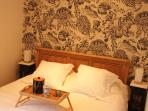 Chambre douillette, literie très confortable en 160