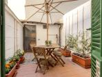 Terrace with vegetable garden and laundry in the back