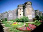 Angers et son château à 35 minutes