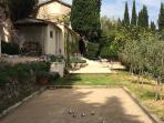 Boules and 'Le Studio' terrace