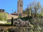 Catedral de Segovia a 30 km del Cubillo. Primavera