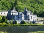 The beautiful kylemore Abbey.
