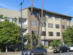 Next to Rodeo Dr., up to 8 people, great location