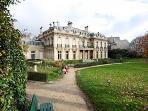 L'hotel Salomon de Rotschild et ses magnifiques jardins sont nos voisins
