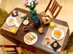 La table de votre copieux petit-déjeuner