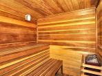 2 Saunas