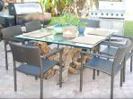 Outside dining table... breakfast, lunch or dinner, it is a wonderful to dine al fresco.
