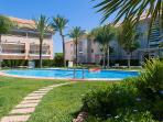Golden Gardens - Piscina, piscina para niños y jacuzzi