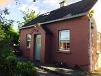 Coopers Cottage - tranquil, rural location with views of the Galtee Mountains in Tipperary.