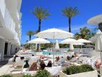 Beach Resort w Pool, Jacuzzi, Multiple Restaurants