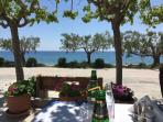STRATOS TAVERNA. A PERFECT SETTING FOR LUNCH OR AN EVENING MEAL