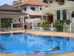 Villa yen with swimming pool on the compound