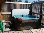 The Sensational Dancing Seahorse Hot Tub with Privacy barrier and ocean view