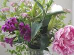 My bunch of fresh flowers changes with season