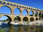 Pont du Gard (45 Km)