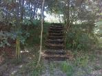 escadas de acesso ao campo de tiro