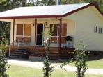 Modern well appointed cottages, just 5 klms from town in a quiet secluded bush setting.