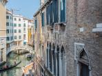 double bedroom 1: double or twin with great canal view