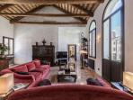 newly restored and luxurious Canova apartment living room