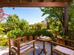 The veranda in front of the garden