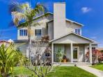 The Grande House plus studio: Beautiful house in Sunset Cliffs! Large Backyard, BBQ, Dog OK, Bikes, Wifi