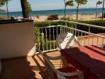 vista desde el balcón...a un tiro de piedra de la playa!