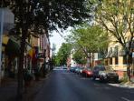 Street scene in Summer