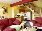 1 er étage comprenant salon, cuisine et salle à manger