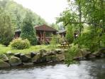 Riverside Log Cabins 2