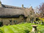 Little Orchard thatched cottage