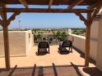 Sun yourself up on the roof on private solarium