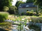 Un petit jardin privatif s'offre à vous