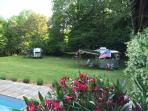The both Caravans close to the pool.