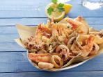 Piatto tipico, frittura di pesce