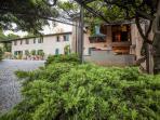 Splendida villa immersa nel verde