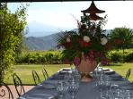 the gazebo of the main villa ideal for lunch, dinners and stay al fresco or admire Etna