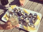 Lease 65 Oysters are divine! Pick some up on your way back from Binalong Bay.
