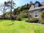 Lochead Cottage front garden