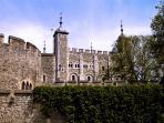 Tower of London 1 min walk