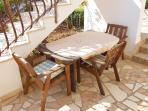 A1(4)-Donji: garden terrace