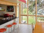 kitchen/dinning