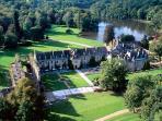 Abbey Vaux de Cernay 15 minutes drive