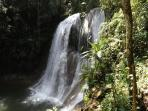 One of the many waterfalls for you're bathing pleasure in nearby town of San Sebastían
